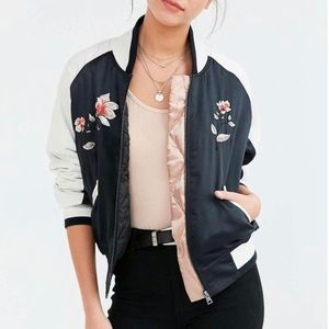 UO Silence and Noise  Floral Embroidered Jacket XS